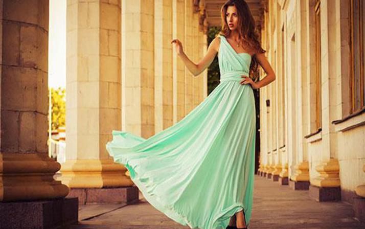 790e68cecab78 Yaz düğünlerinde tercih edebileceğiniz 5 elbise - Internet Haber