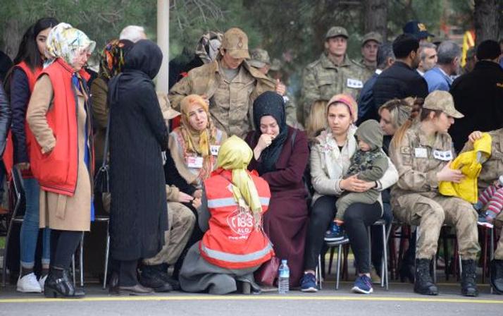 Şehit töreninde yürek yakan feryat: Yaralı ceylanını kime bıraktın