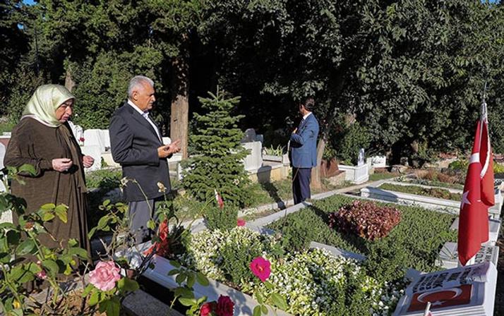 TBMM Başkanı Yıldırım, aile kabristanını ziyaret etti