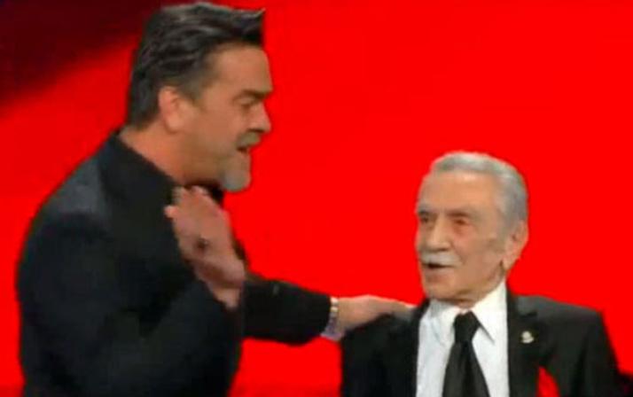 Aydemir Akbaş'ın Beyaz Show anısı O Ses Türkiye'ye damga vurdu!