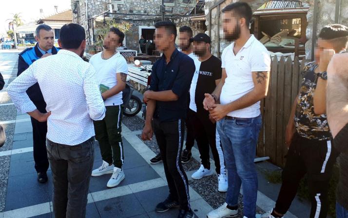 Muğla'da asker bahanesiyle para toplayan 7 arkadaşa dilencilikten ceza