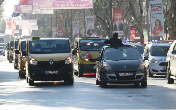 Kadıköy'de dolmuş şoförlerinden 'Marmaray' eylemi