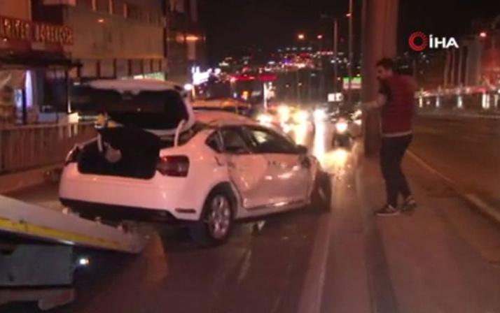 Beylikdüzü'nde korkutan kaza! Otomobil takla attı