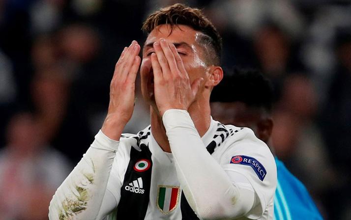 Ajax Juventus'u devirdi Şampiyonlar Ligi'nde tarih yazdı