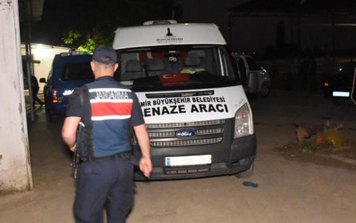 İZMİR'de vahşet! 2 yaşındaki bebeği ve annesini başından vurup öldürdü