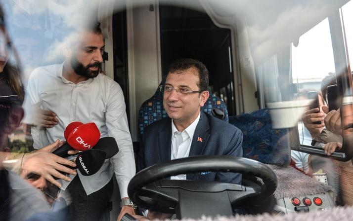 Ekrem İmamoğlu özel halk otobüsü şoförleriyle bir araya geldi