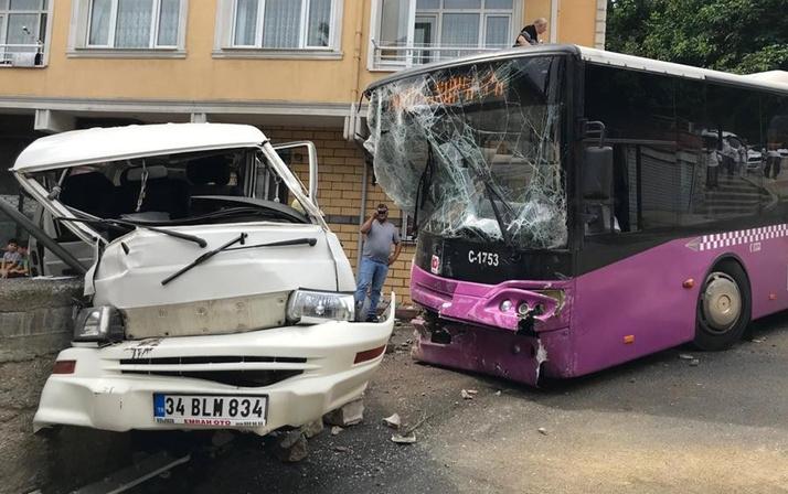İstanbul'da kontrolden çıkan halk otobüsü dehşet saçtı