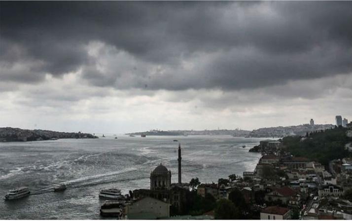 İBB'den İstanbullulara kritik uyarı! Sağanak yağmur gök gürültüsüyle beraber geliyor!