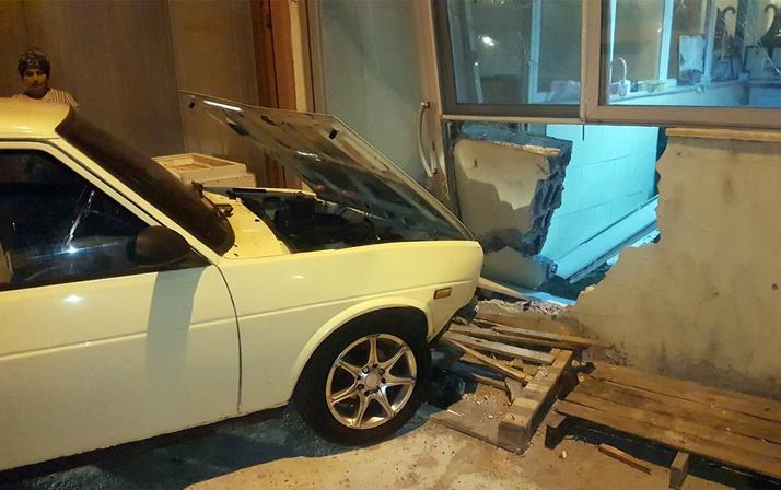 Antalya'da ustasının arabasını kaçıran çocukların sonu kötü bitti!