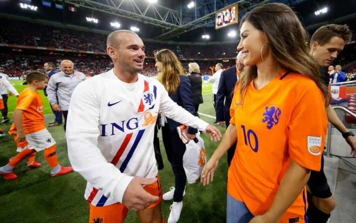 Wesley Sneijder Yolanthe Cabau'ya servet ödeyecek