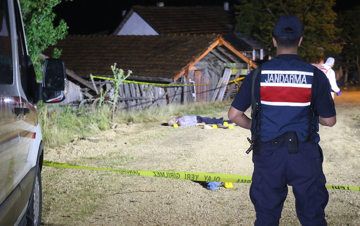 Karabük'teki cinayet güvenlik kamerasına yansıdı