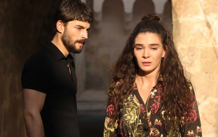 Sette Hercai'nin yıldızı Ebru Şahin krizi! Güvenliklere müdahale etti