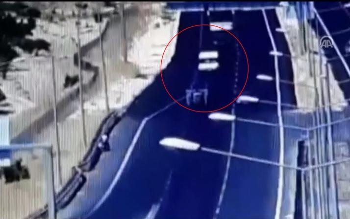 Dikkatsiz sürücü 14 kişiyi öldürüyordu!