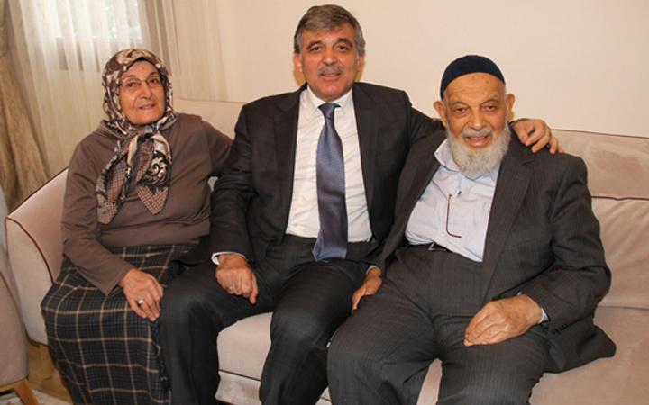 Abdullah Gül'ün acı günü! Babasının cenazesi için özel isteği