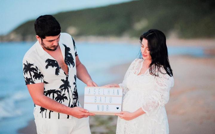 Nur Erkoç ve Batuhan Cimilli'nin bebeği doğdu tarihe dikkat!
