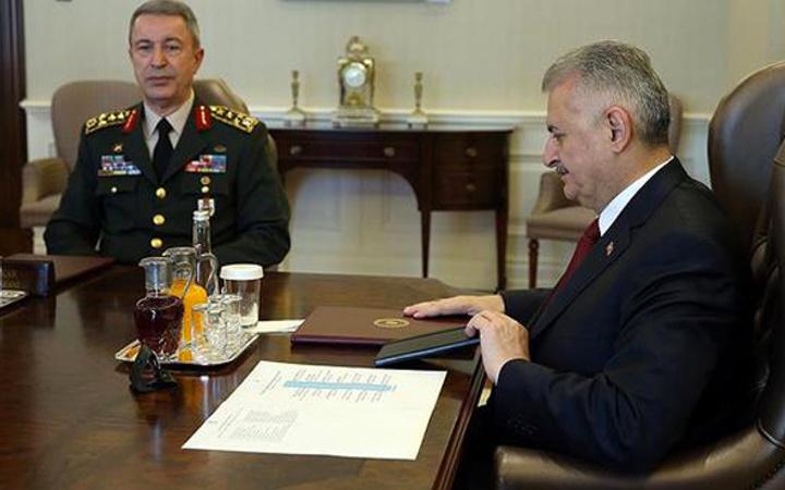 Yüksek Askeri Şura bugün 2017 YAŞ kararları kim gidici kim kalıcı?