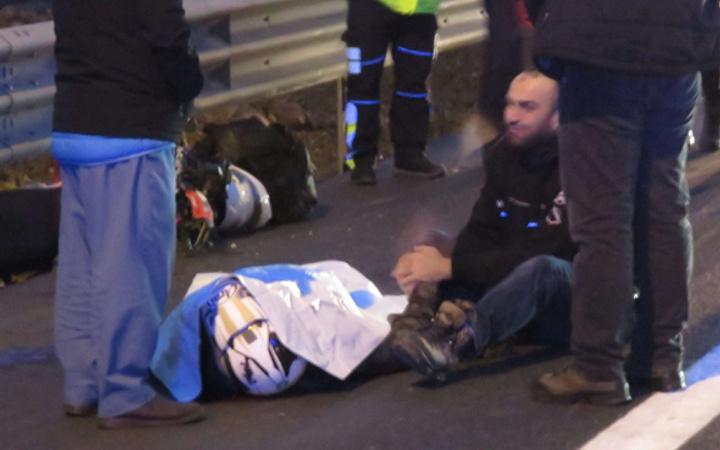 Gezi keyfi felakete dönüştü! Kazada ölen arkadaşının elini böyle tuttu