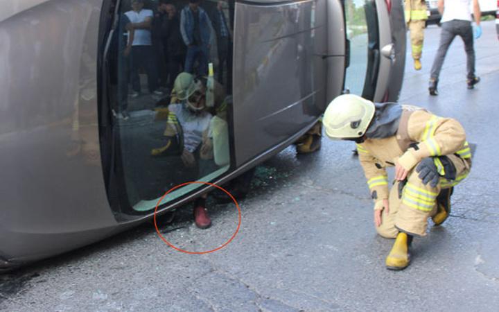 Takla atan aracın içinde sürücü böyle görüntülendi