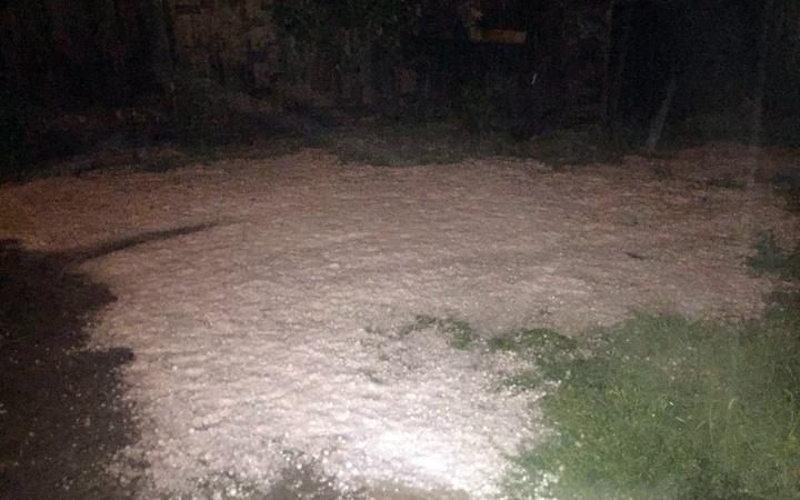 Kastamonu'da aralıksız 12 saat dolu yağışı