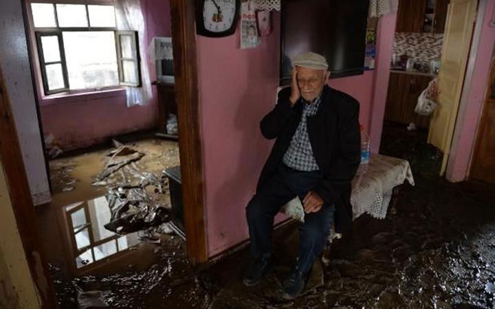 Düzce'de sel ve heyelan felakati! Bakan Soylu acı bilançoyu verdi