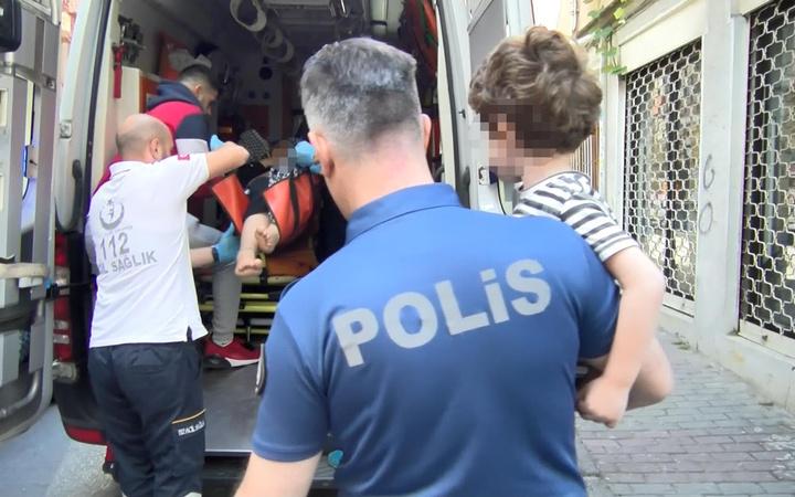 İstanbul'da 5 yaşındaki çocuk annesini kurtardı