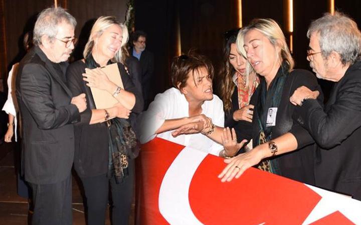 Tarık Ünlüoğlu'nun cenazesinde eşi Gülenay Kalkan fenalaştı gözyaşları sel oldu