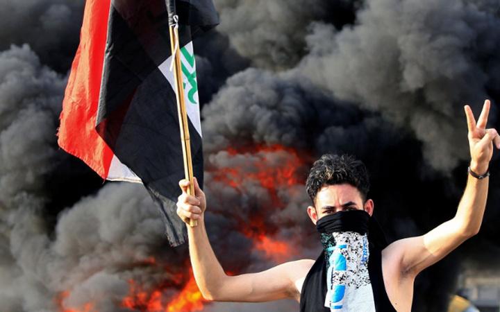 Irak alev alev! Güvenlik güçleri gerçek mermi kullanıyor Çok çarpıcı kareler var