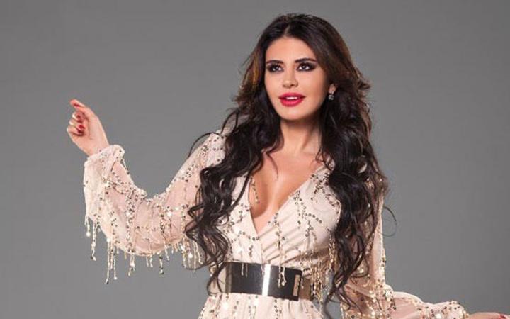 Ebru Polat Ezhel'in Aya şarkısında dans etti! Sosyal medyada olay oldu