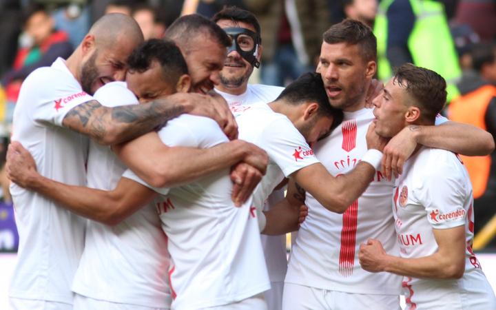 Yeni Malatyaspor Antalyaspor maçı golleri ve geniş özeti
