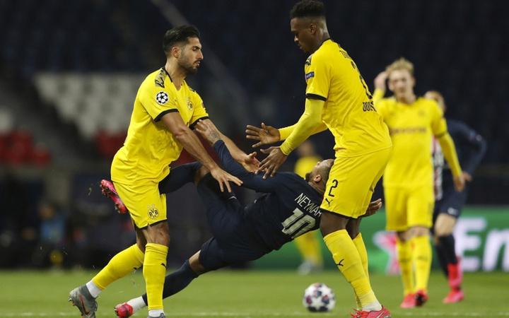 Emre Can'la Neymar kapıştı ortalık fena karıştı