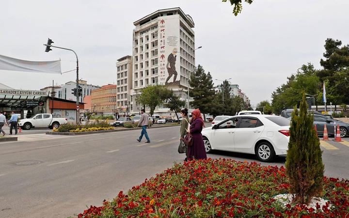 Diyarbakır'da Güneydoğu'nun gökdeleni olarak bilinen bina için yıkım kararı