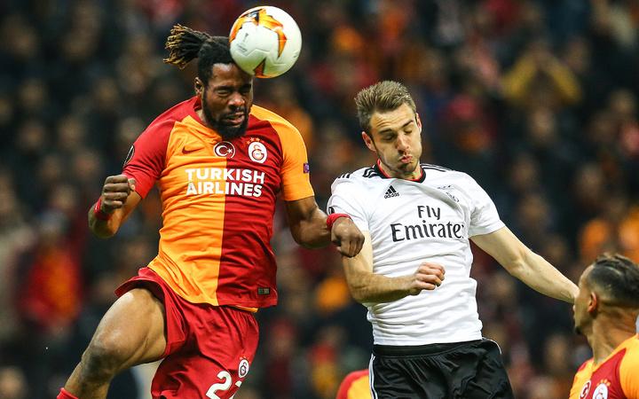 Everton'dan Galatasaray'ın stoper Luyindama'ya kanca