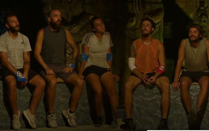 Survivor'da mavi takımın hepsi eleme adayı oldu bir ilk yaşandı