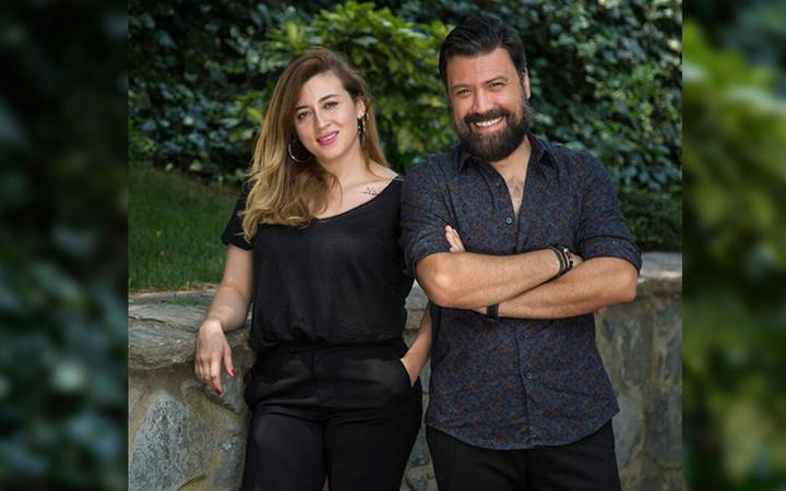 Eşi Burcu Gönder'in tektaşını satan Bülent Emrah Parlak boşandı