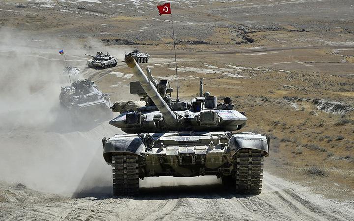 Türkiye ve Azerbaycan'ın ortak askeri tatbikatı sürüyor