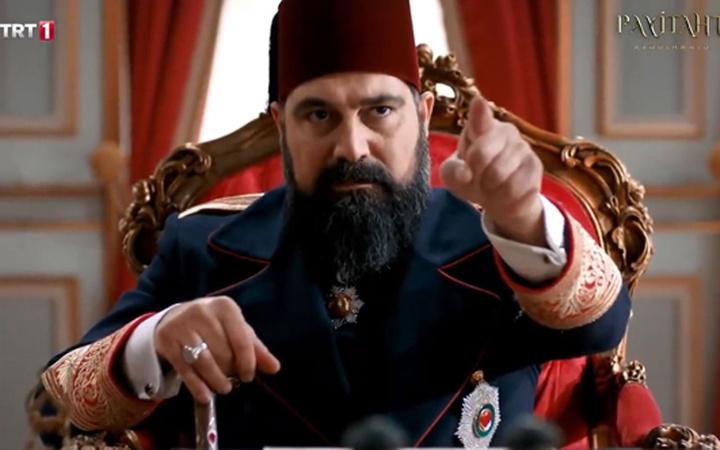 TRT Payitaht dizisinden olay 'Charlie Hebdo' göndermesi