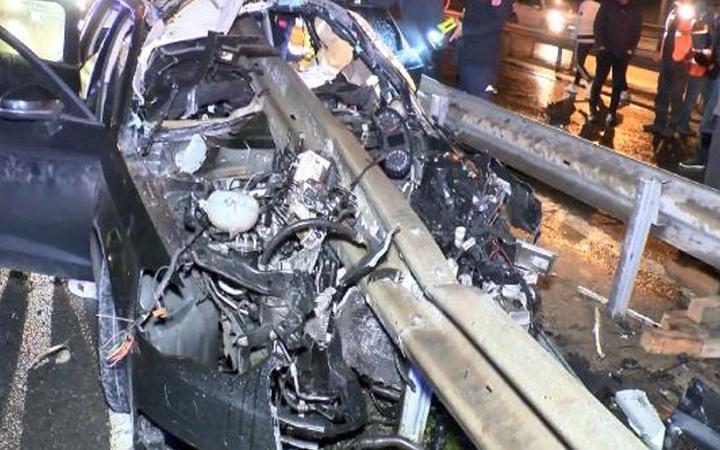 Sarıyer'de bariyerler otomobile ok gibi saplandı: 1 kişi hayatını kaybetti
