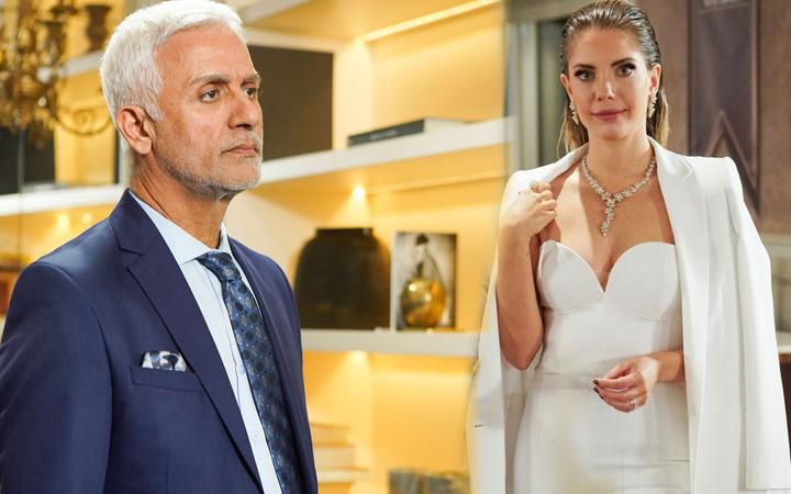 FOX TV Yasak Elma'dan ayrılan Talat Bulut'a Eda Ece'nin olay vedası bakın ne yaptı