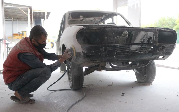 İkinci el araç fiyatları uçunca 1988 model aracını yeniledi