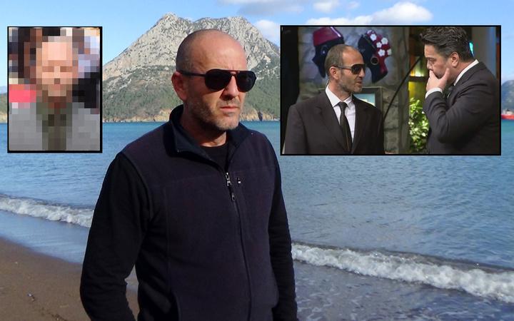 Antalya'da benzerliği hayatını değiştirdi gören fotoğraf çektiriyor! Beyazıt Öztürk'e çıkmıştı