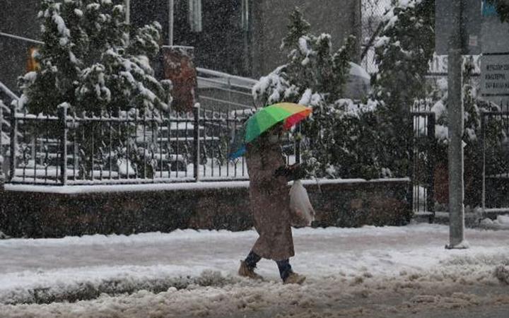 İstanbul'da kar bitti mi? Meteoroloji Profesörü Orhan Şen açıkladı