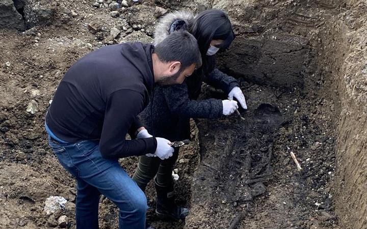 Düzce'de İSKİ kazısında ortaya çıktı yatış şekli ekipleri heyecanlandırdı