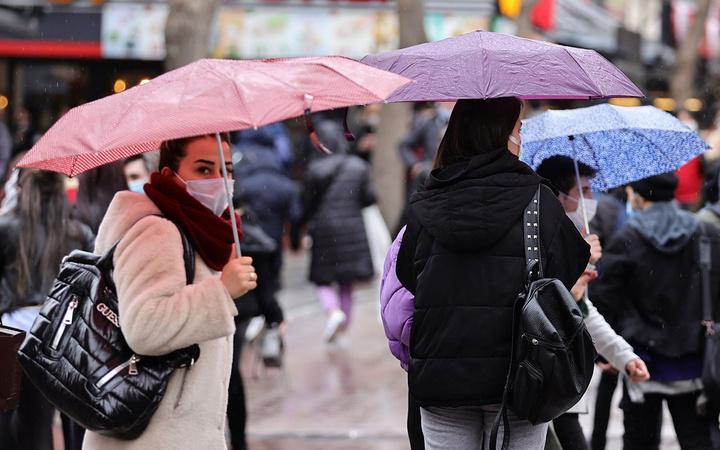 Meteoroloji 35 il için turuncu kodlu uyarı verdi! Bakın kaç gün sürecek
