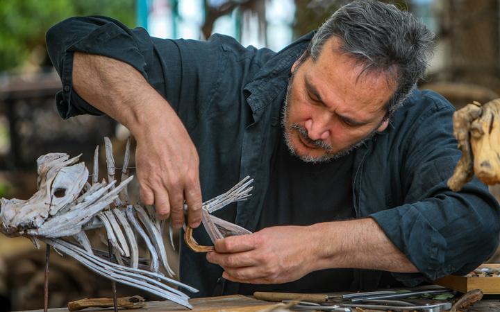 Japon ustadan eğitim aldı! Antalya'da tahtadan yapıp ev fiyatına satıyor