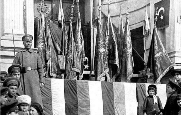 Erzurum'da Rusların ülkelerine götürdüğü alay sancakları için harekete geçildi