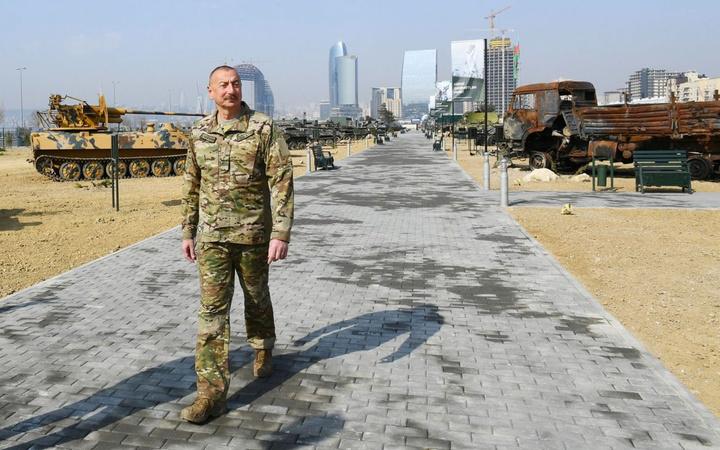 Azerbaycan'da Askeri Ganimet Parkı açıldı Karabağ'da Ermeni ordusundan ele geçirildi