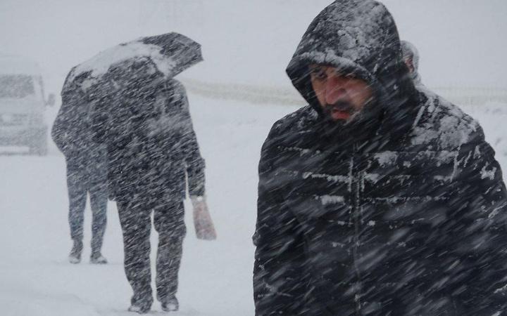 Orhan Şen: Çarşamba geri geliyor! Meteoroloji'den rüzgar, sağanak ve kar uyarısı