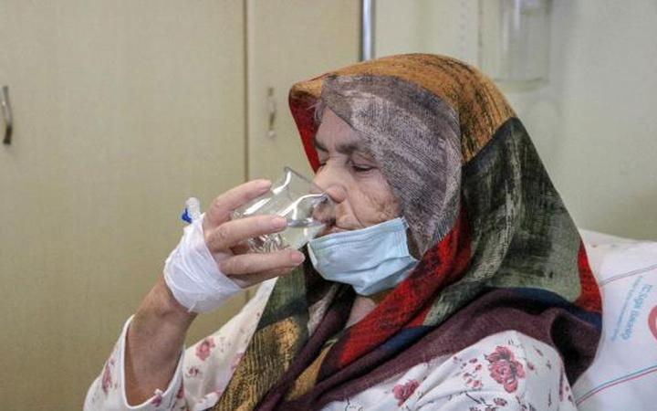 100 binde 1 kişide görülüyor! Akalazya hastalığından kurtuldu 2 yıl sonra kana kana su içti