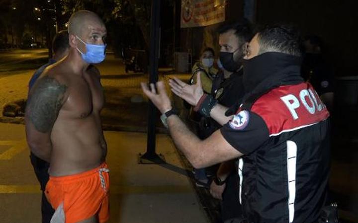 Antalya'da kadın polise 'Beğendim, bana göndersene' diyen olaylı turist yine gözaltında