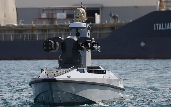 Türkiye'nin ilk silahlı insansız deniz aracı füze atışlarına hazır! Denize indirilen SİDA görüntülendi